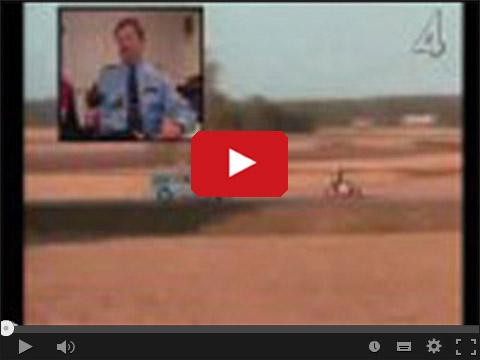 Zabawa motocyklistów z policją