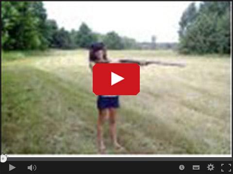 Dziewczyna i strzelba