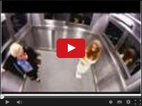 Straszenie w windzie