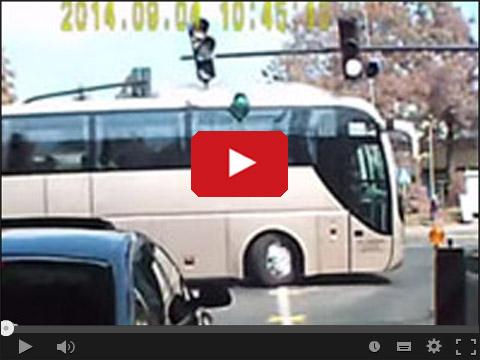 Za wysoki autobus