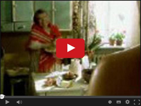 Babcia z wibratorem ubija ciasto