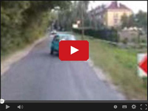 Fiat 125p Maluch przerobiony na 2 kierownice
