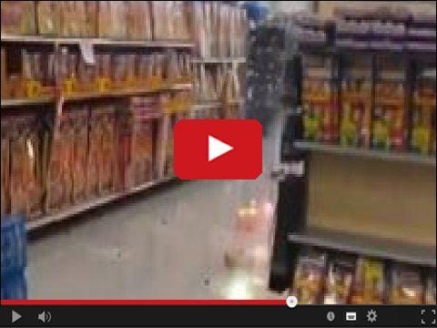 Wybuch fajerwerków na półce sklepowej