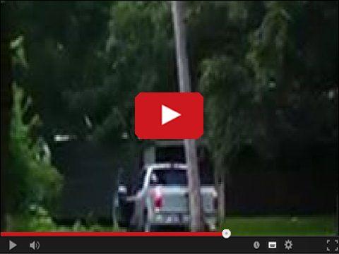 Przypieprzyć samochodem w drzewo