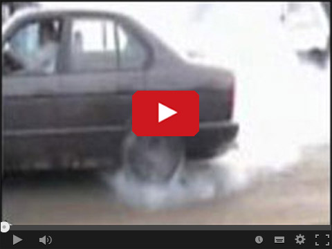 Dzidek BMW pali gume i samochód