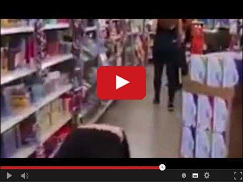 Jak kogoś przestraszyć w sklepie