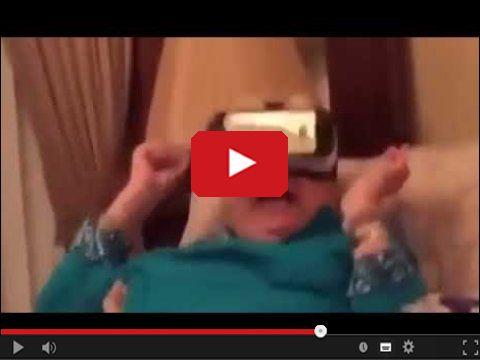 Babcia i gogle wirtualnej rzeczywistości