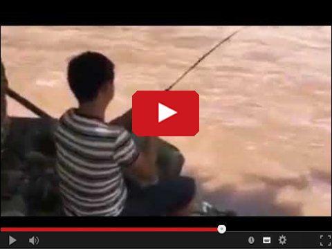 Podczas łowienia ryb - Tego się nie spodziewał