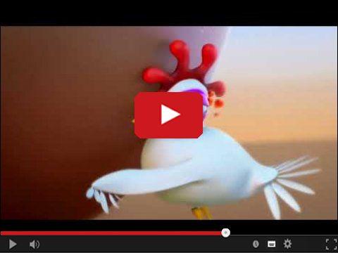 Śmieszna kura i wielkie jajo